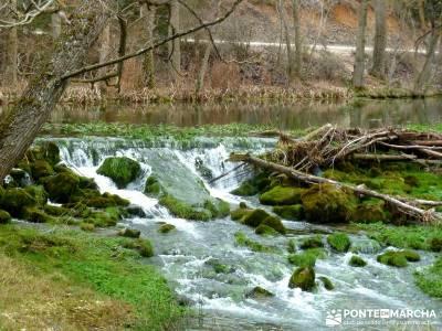 La Fuentona y el Sabinar de Calatañazor; grupos de montaña madrid;botas senderismo verano